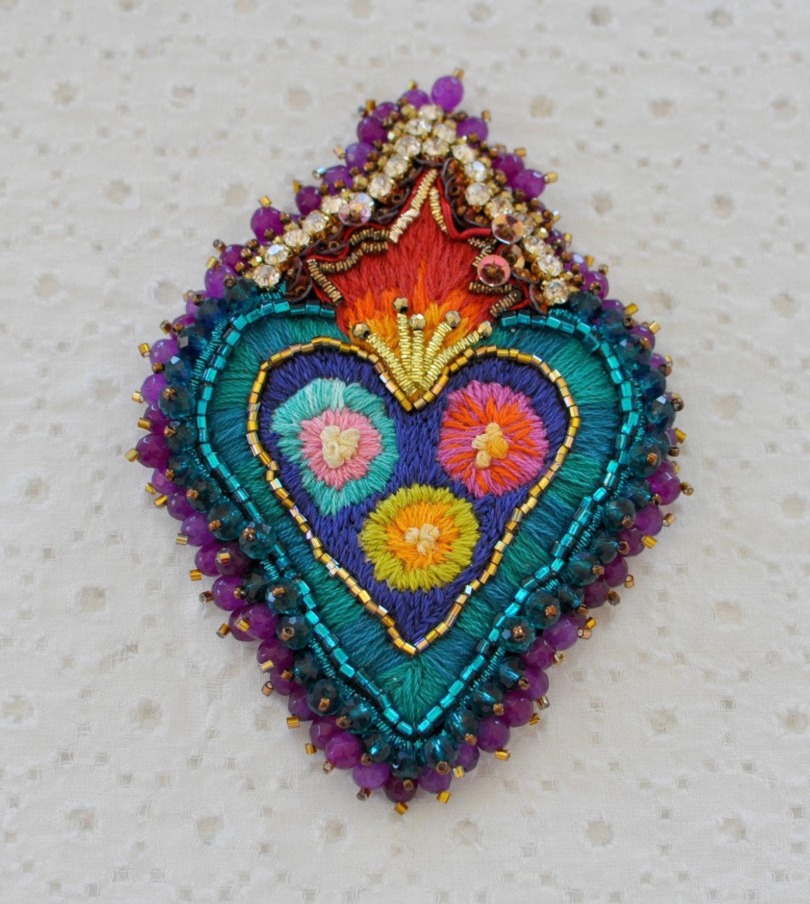 cuore sacro exvoto ricamato a mano sacred heart votive scapular